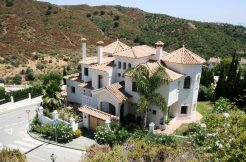 Villa 4 bed 4 bath La  Quinta 354 m2 built 1100 m2 plot